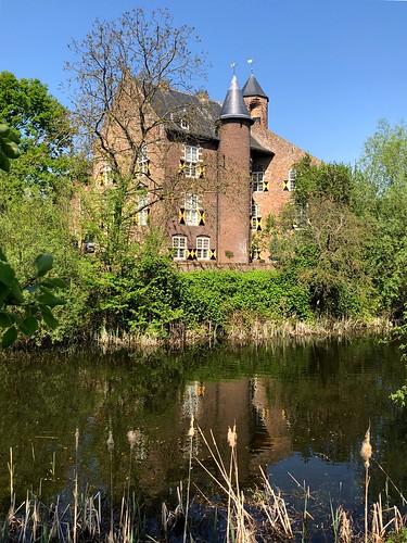 Waardenburg The Netherlands, Waardenburg Castle