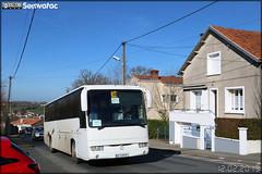 Irisbus Iliade - Voyages Bertrand (Avenir Atlantique) / Agglo Bocage Bressuirais