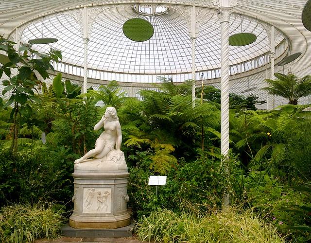 Statue of Eve, Botanic Gardens, Glasgow
