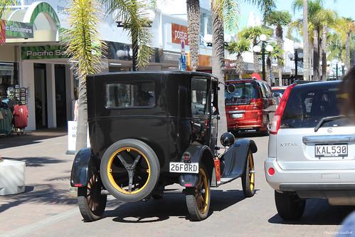 Ford T 1926 dans une rue de Napier