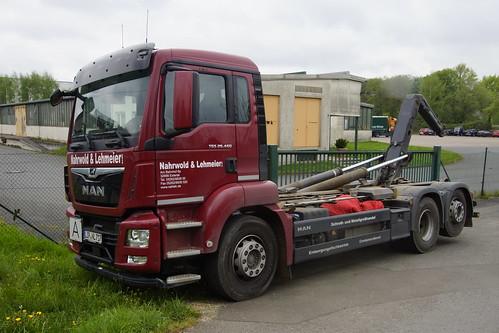 MAN TGS 28.460 Nahrwold & Lehmeier met kenteken LIP-NL 717 in Bösingfeld 26-04-2019