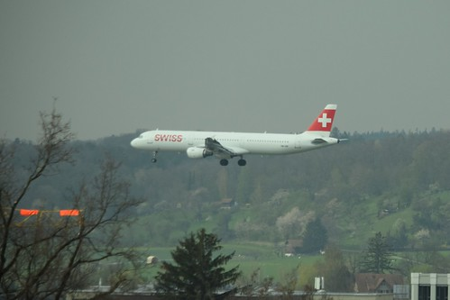 HB-IOF Airbus A321 Swiss International