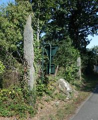 L'alignement de menhirs du bourg de Saint-Just - Ille-et-Vilaine - Septembre 2018 - 06 - Photo of Bruc-sur-Aff