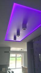 Transparentne i podświetlane sufity16