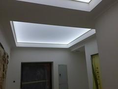 Transparentne i podświetlane sufity23