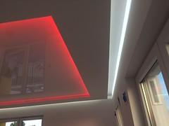 Transparentne i podświetlane sufity32