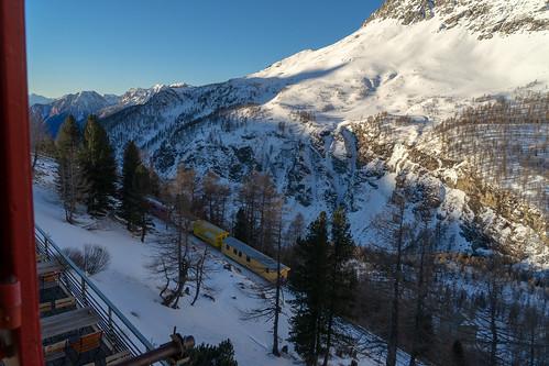 Alp Grüm: First train to St. Moritz (4/4)