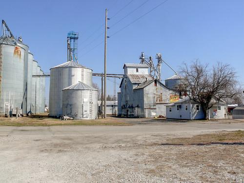 20090321 18 Grain Elevator, Aledo, Illinois