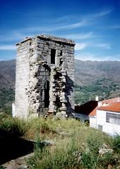 Torre cuadrada del castillo de Eljas / As Ellas