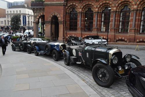 Bentley XV6601, ZX150362 and GJ6122 @ The Renaissance Hotel, London