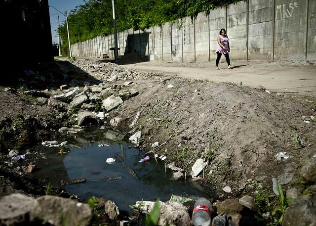 Apenas 45% do esgoto gerado no Brasil passa por algum tipo de tratamento  - Créditos: Foto: Agência Brasil
