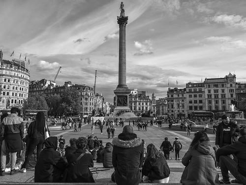 London ( 6 )