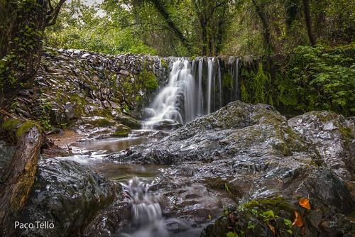 Cascada-Dique arroyo Plamencia. Linares de la Sierra