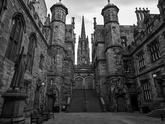 Edinburgh ( 4 )
