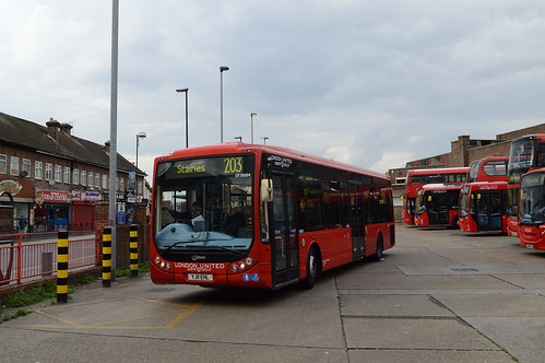 London United RATP Group OT30204 (YJ11EHL) on Route 203