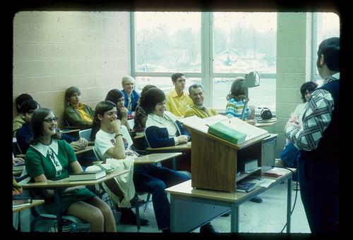 1972 Baxter, Dick w students -classroom