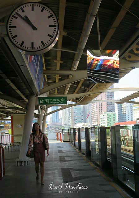 Victory Monument Station  สถานีอนุสาวรีย์ชัยสมรภูมิ
