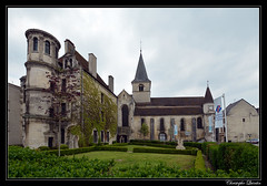 Châtillon-sur-Seine - Office du tourisme et église Saint-Nicolas - Photo of Mosson