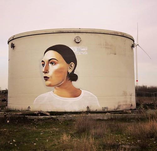 Still a great portrait / #streetart by #Steppe. . #Gent #urbex #Belgium #urbanart #graffitiart #streetartbelgium #graffitibelgium #visitgent #muralart #streetartlovers #graffitiart_daily #streetarteverywhere #streetart_daily #ilovestreetart #igersstreetar