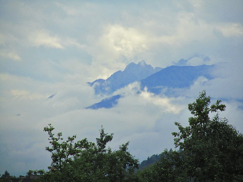 20110908 23 430 Jakobus Berg Wolken Bäume