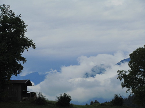 20110908 23 445 Jakobus Berge Wolken Hütte Berge