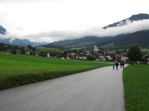 20110908 23 080 Jakobus Weg Wörgl Berg Wolken