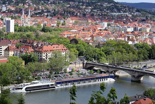 Blick von der Festung Marienberg - Würzburg (02)