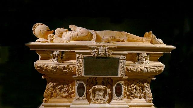 Bordeaux (Gironde, Fr) – Musée d'Aquitaine - Cénotaphe de Michel de Montaigne