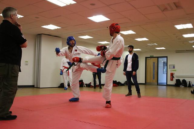 Karate v Taekwondo-6