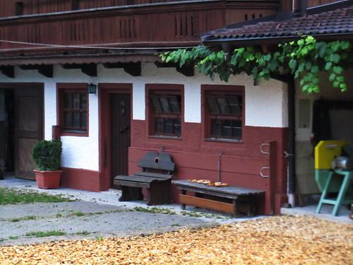 20110909 24 014 Jakobus Breitenbach Tür Fenster Bank Rast