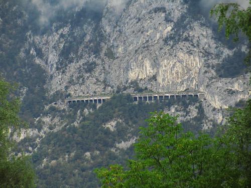 20110912 27 091 Jakobus Berg Eisenbahn Brücke Lawinenschutz
