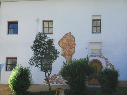 20110913 28 123 Jakobus Kloster Stams Montesori Schule Bäume Fenster