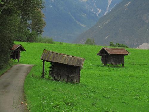 20110914 29 184 Jakobus Berge Weg Hütten Wiese Wald_K