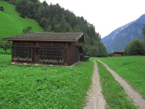 20110914 29 111 Jakobus Berge Weg Hütte Wald