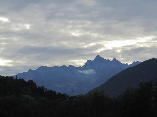20110914 29 051 Jakobus Berge Wolken Wald