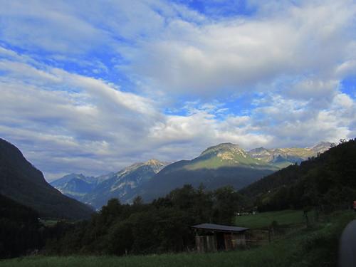 20110914 29 027 Jakobus Berge Wolken Wald Wiese Hütte