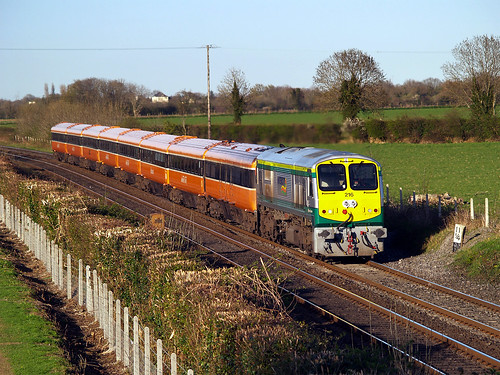 216 on 1850 Heuston-Galway at Kearneystown 23-Apr-06