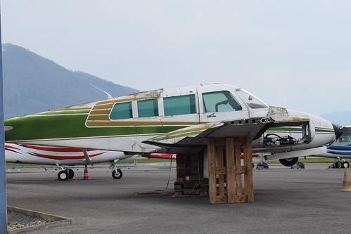 HB-LCY Cessna 320
