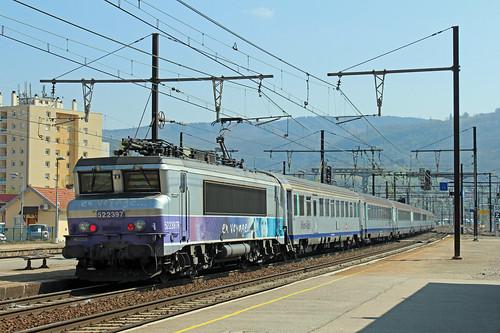 SNCF 22397, Amberieu, 14-04-19
