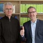 Dr. Ralf Holtzmann, Carl Auer, nach Buchbesprechung in Heidelberg