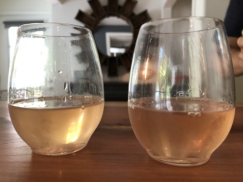 Welcome rosé wine
