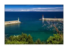 L'entrée du port de Bastia et l'ile d'Elbe