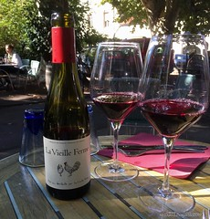 Sidewalk Beverage at Cafe du Square in Beaune - Photo of Chorey-les-Beaune