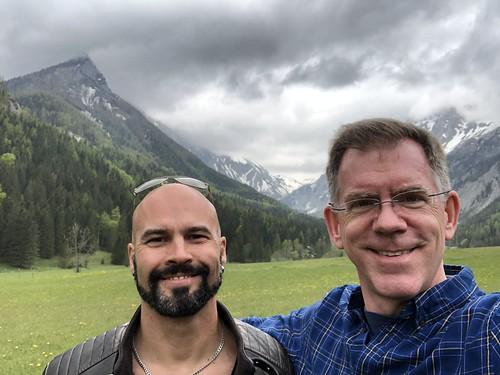 Alejandro and Paul, view of the Alps, Untere Dullwitz bei Seewiesen, Austria