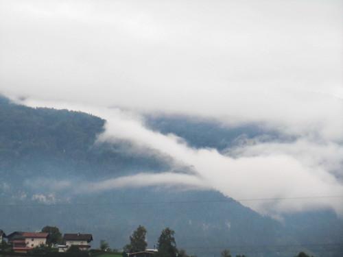 20110909 24 004 Jakobus Breitenbach Berge Wolken