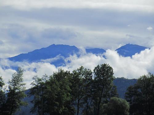 20110912 27 132 Jakobus Berg Wolken Wald Bäume
