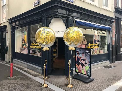 Cloudbuster Rond Confettiballon Opening Marlies Dekkers Den Haag