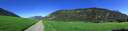 20110913 28 071 Jakobus Berge Wiese Wald_P01
