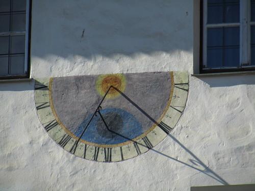 20110914 29 567 Jakobus Stanz Sonnenuhr Fenster
