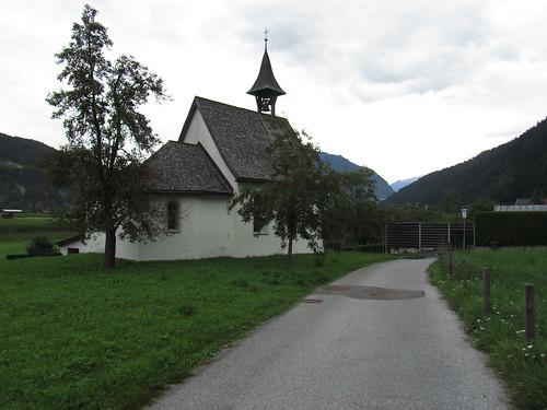 20110914 29 103 Jakobus Imsterau Kirche Weg Berge Bäume